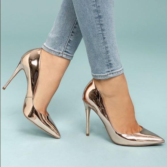 48bbf64f0666 Steve Madden Daisie Rose Gold Metallic Heels. M 5ade80302c705dc07d899c28